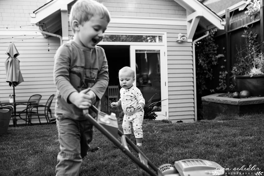 Backyard Candids // Seattle Family Photography