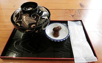 桃太郎茶屋のあん餅雑煮