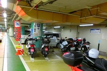 雷門地下駐車場