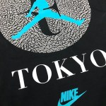 """11月17日(金)発売!『ナイキ コート ズーム ヴェイパー RF x エア ジョーダン 3 アトモス』 """"Tokyo"""" Tシャツ"""