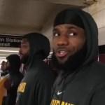 レブロンを含むキャブズの面々がニューヨークの地下鉄に突然現れる!