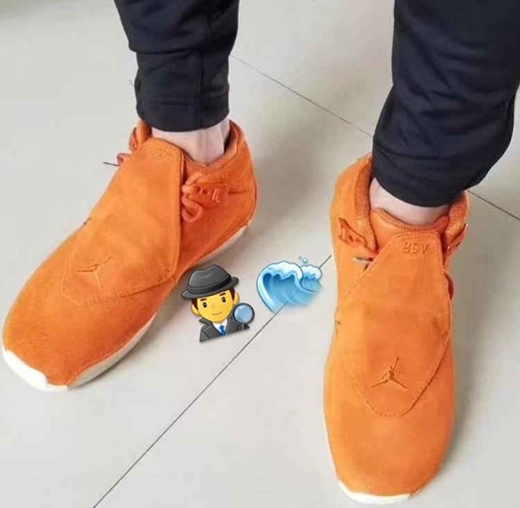 初公開 エア ジョーダン18 オレンジ