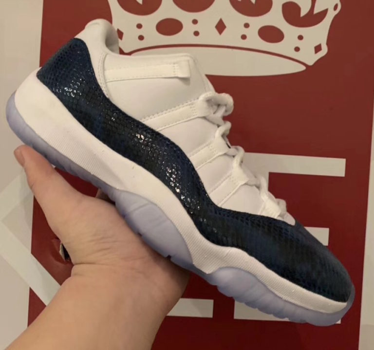 air-jordan-11-low-navy-blue-snakeskin