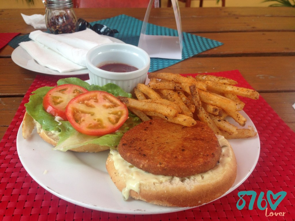 Raffaele's Gourmet Pizzeria & Grill, Restaurant, in Jamaica, 876Lover, Restaurant Week 2017, RWJA17, Shrimp burger,