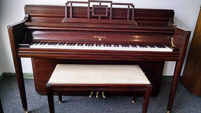 Wm. Knabe & Co. Console Piano