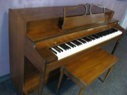 Baldwin spinet piano…SOLD