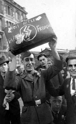 Bundesarchiv_Bild_101III-Apfel-017-30,_Frankreich,_Paris,_deutsche_Besatzung