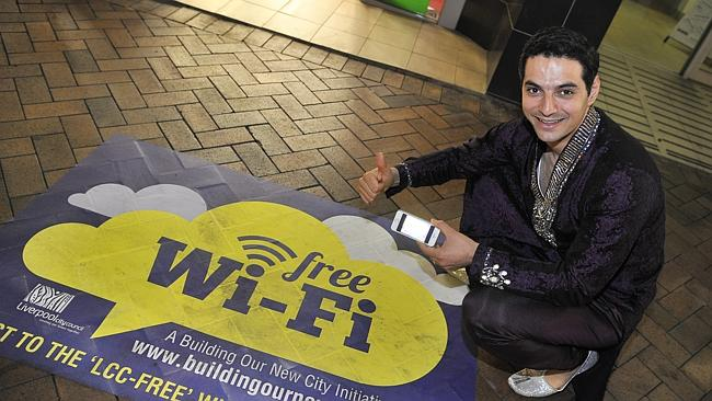 Liverpool Mayor Ned Mannoun launches free Wi-Fi during Starry Sari Night. Image source: Liverpool Leader