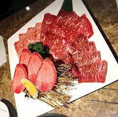 池袋JK制服キャバクラ【はちみつくろーばー】ふみか A5ランクのお肉