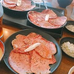 池袋JK制服キャバクラ【はちみつくろーばー】いっき 熱海で食事