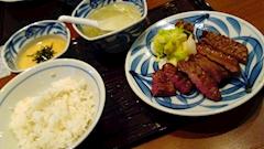 池袋JK制服キャバクラ【はちみつくろーばー】牛タン
