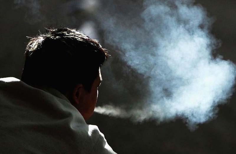 Сколько людей ежегодно убивает курение