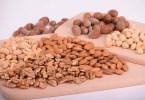 Орехи спасут мужчин от бесплодия, заявляют медики