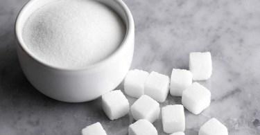 Сахар в еде и напитках вызывает слабоумие