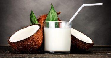Полезное кокосовое молоко