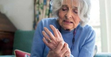 Болезнь Паркинсона: симптомы, лечение, профилактика