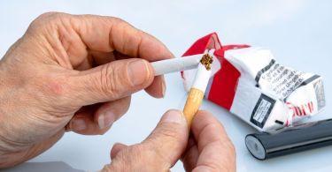 Некоторые витамины могут облегчить отказ от курения