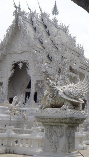 pic Wat Rong Khun The White Temple