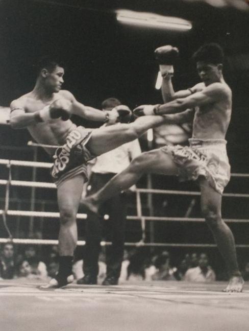 Khem Lanna Muay Thai - Kicking
