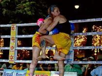 Sylvie vs Saya Ito - clinch knee