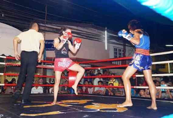 Fight 128 Rungnapa vs Sylvie Festival Muay Thai fight - Chon Buri, Thailand-w1400