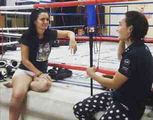 Interview with Abigail at Sitmonchai Gym-w1400
