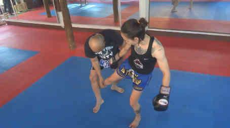 Burklerk - Where to Kick the standing leg - Muay Thai technique-w1400