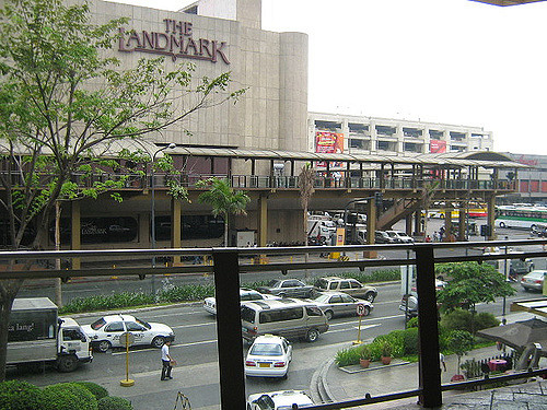 8 Where to Eat Lunch Legaspi Village