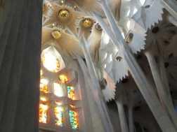 サグラダファミリア15木漏れ日_バルセロナ5-4ある日本人観光客のスペイン旅行記