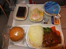 機内食01_エミレーツ_スペイン旅行記2014