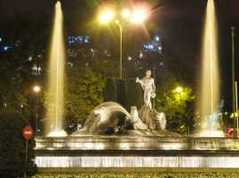 ネプテューヌス噴水02_マドリード_スペイン旅行記2014
