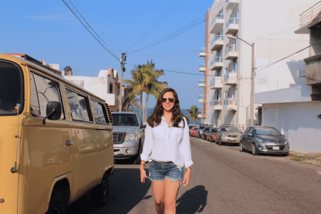 OUTFIT: End of Summer / Antes de que el verano termine Anyone else is sad for the end of summer, but still happy because fall is next door?