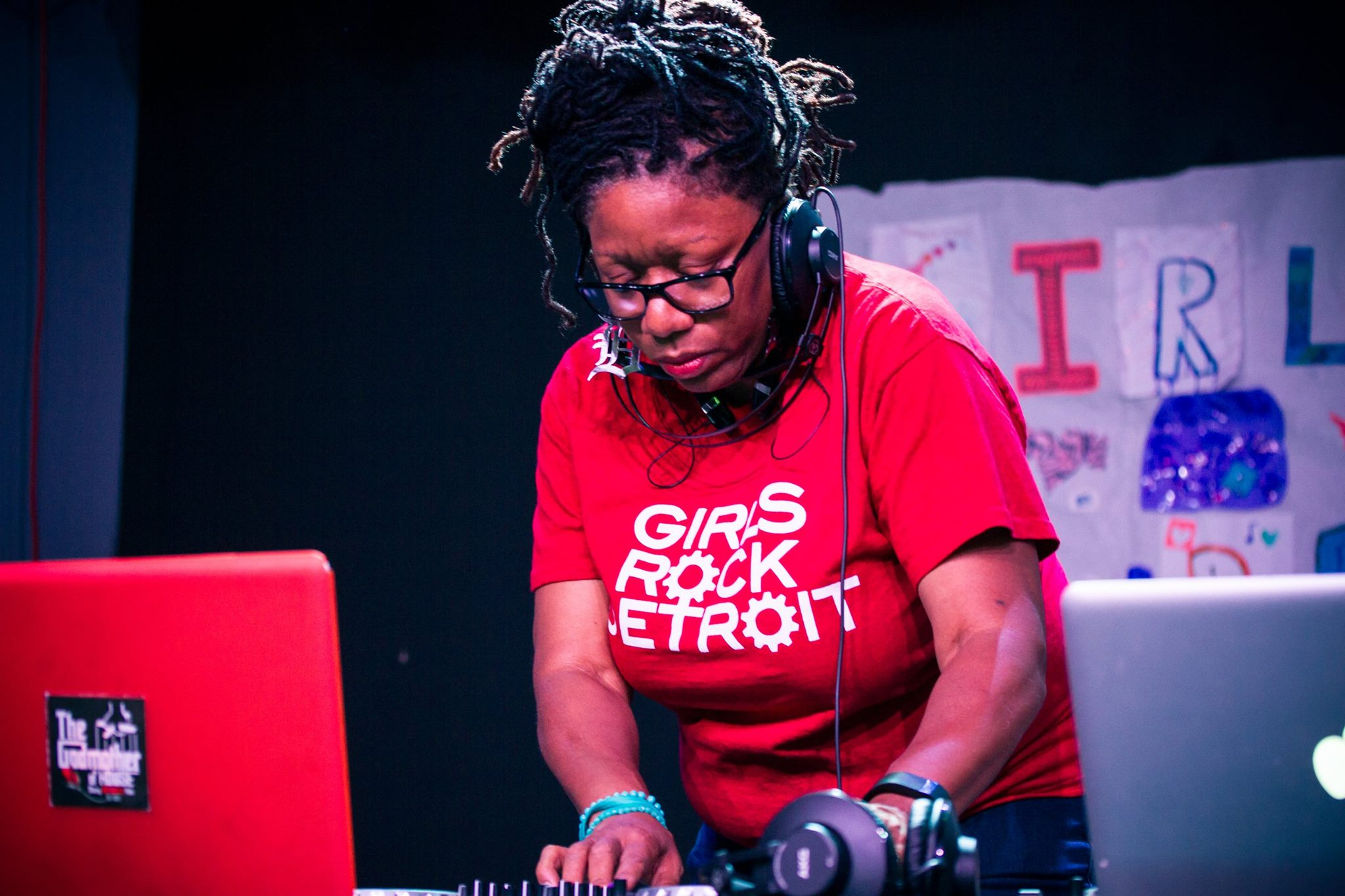 PODCAST: Talkin' beats with the 'Godmother of House,' Stacey Hotwaxx Hale – 8-Wood Blog