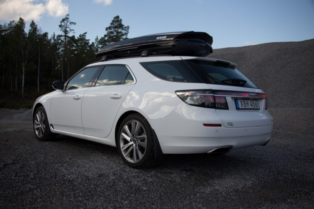 """...a truly dynamic Saab wagon, both in the way it looks and the way it acts... an expressive, dynamic look with clear links to our Scandinavian Aircraft heritage"""