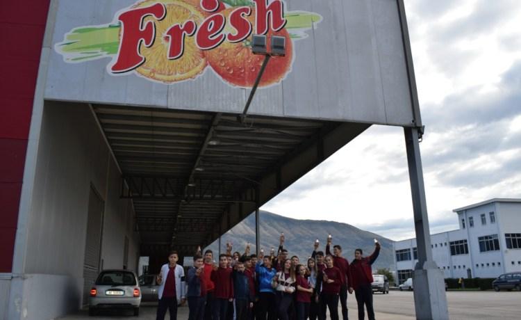 Vizitë didaktike në fabrikën e prodhimit të pijeve freskuese Fresh