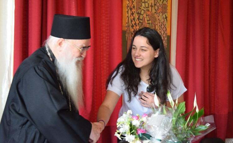 Takim i Maturantëve me Mitropolitin tonë të Gjirokastrës z. Dhimitër