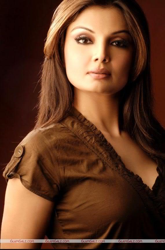 Bollywood Beauty Deepshikha