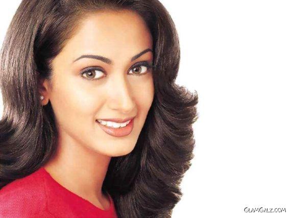Gorgeous Gayatri Joshi Photoshoot