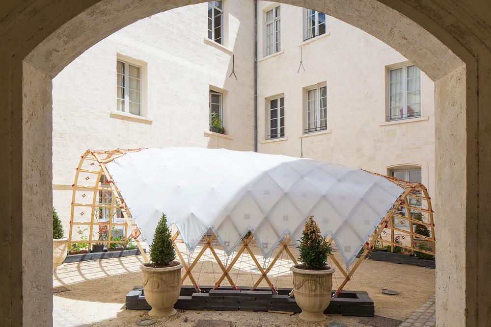 [ Dé ] tendu Ecole Nationale Supérieure d'Architecture de Toulouse Quaternion - Marie Lambert, Simon Hulin y Mathieu Sudres Foto: Paul KOZLOWSKI