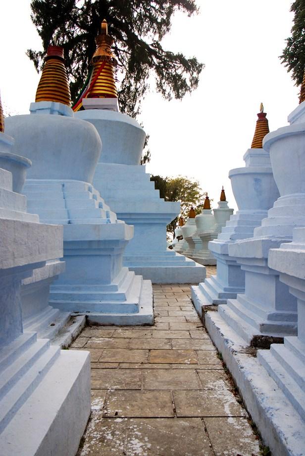 Die heiligen 41 Stupas