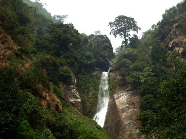 Die Phamrong Falls zwischen Tashiding und Yuksom führen zur Monsoon-Zeit die doppelte Wassermenge