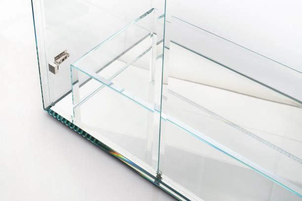 PRISM Glass Closet_TYoshioka_03