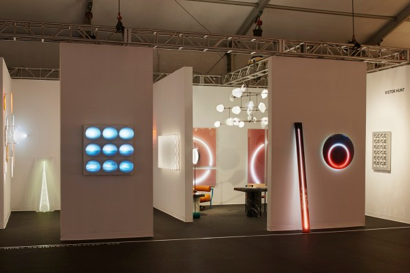 Victor Hunt Design-Art Dealer en Design Miami. Foto: James Harris