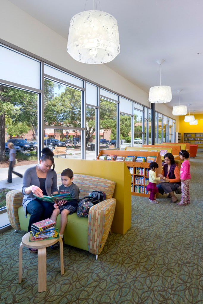Biblioteca Los Gatos. Foto: David Wakely Photography
