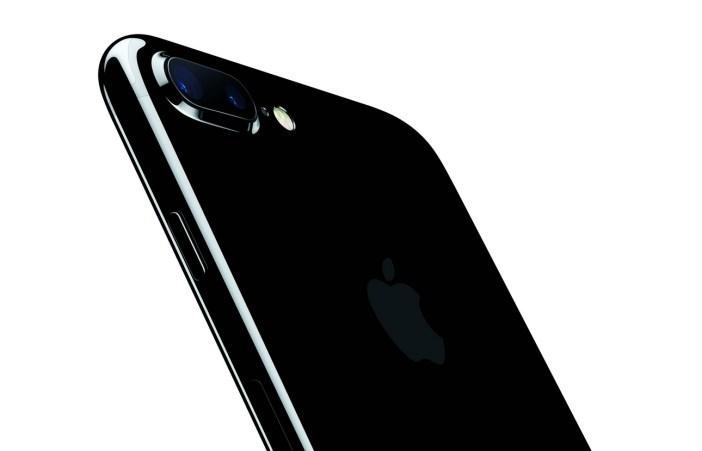 iPhone 7 Plus - mat. pras. Apple