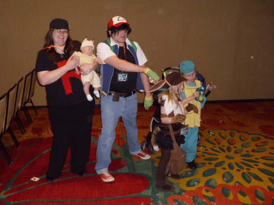 The family that cosplays together stays together!