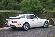 white Porsche_944_Turbo