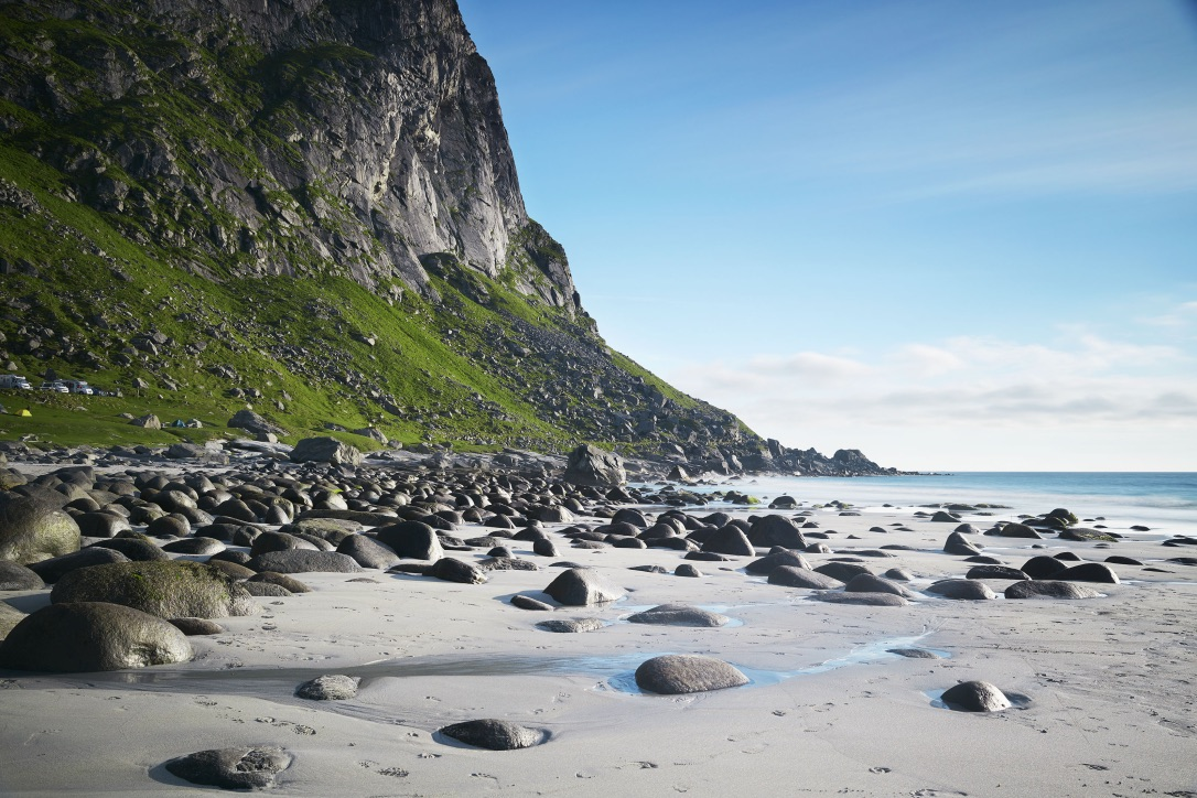 Picture of a Sand beach with boulders