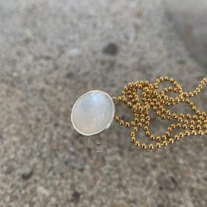 Dots Necklace Snow White