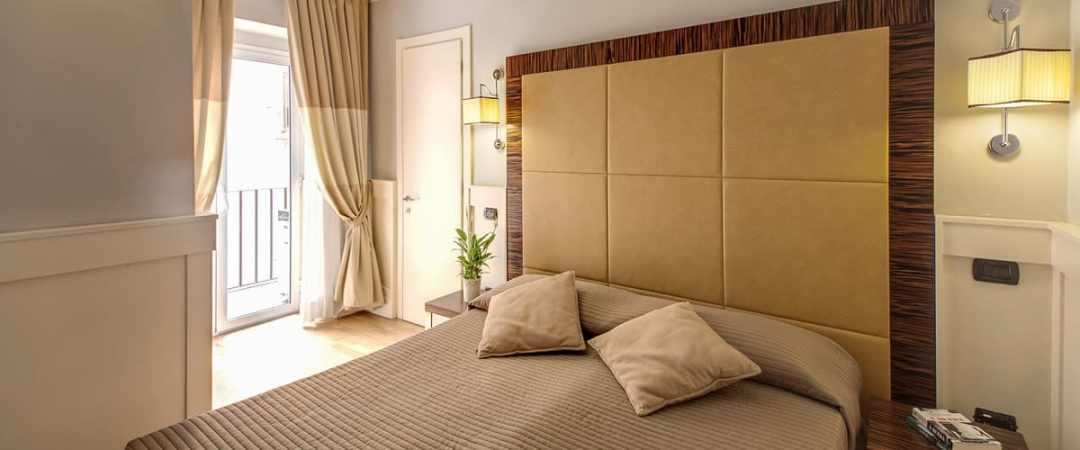 939 Hotel Double Room